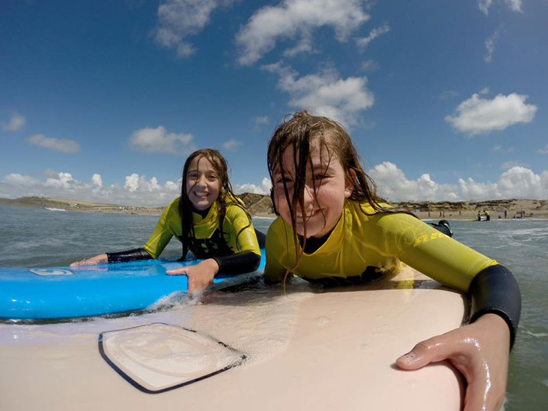 Freewave-Surf-Academy-Group-Lessons-2